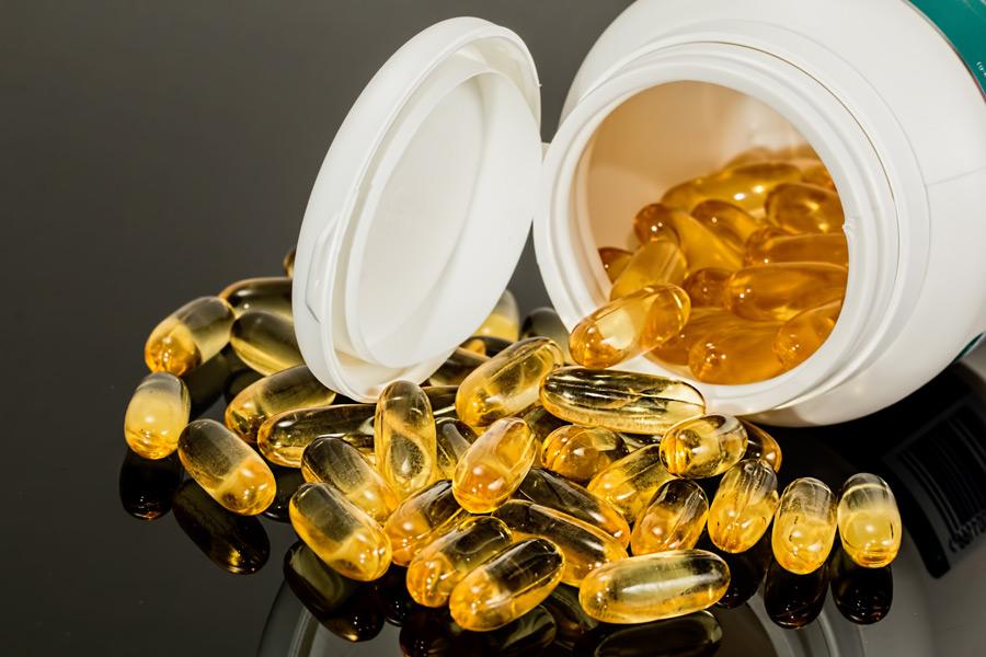記事:「コロナに効果」で逮捕、薬機法の規制についてのイメージ画像
