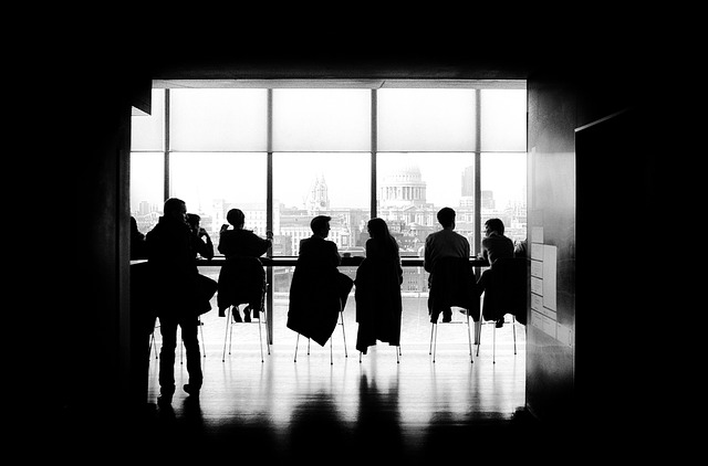 記事:レオパレスが臨時株主総会、総会検査役とはのイメージ画像