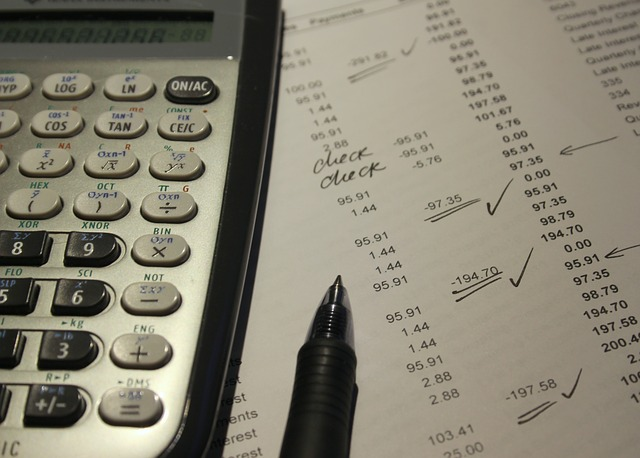 記事:信託銀行が不正会計で東芝を提訴、金商法に基づく賠償請求についてのイメージ画像