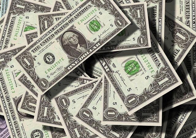 記事:メルカリが現金出品を禁止、貸金業法の規制についてのイメージ画像