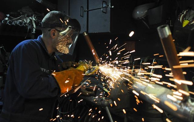 記事:沖縄労働局が派遣元事業者に改善命令、二重派遣とはのイメージ画像