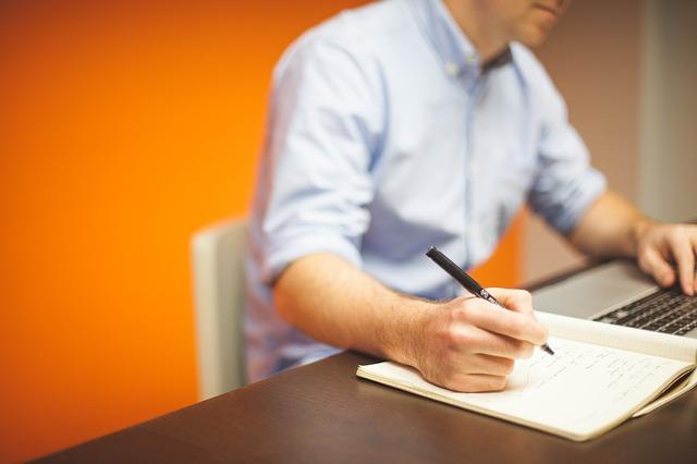 記事:役員登記と役員の責任についてのイメージ画像