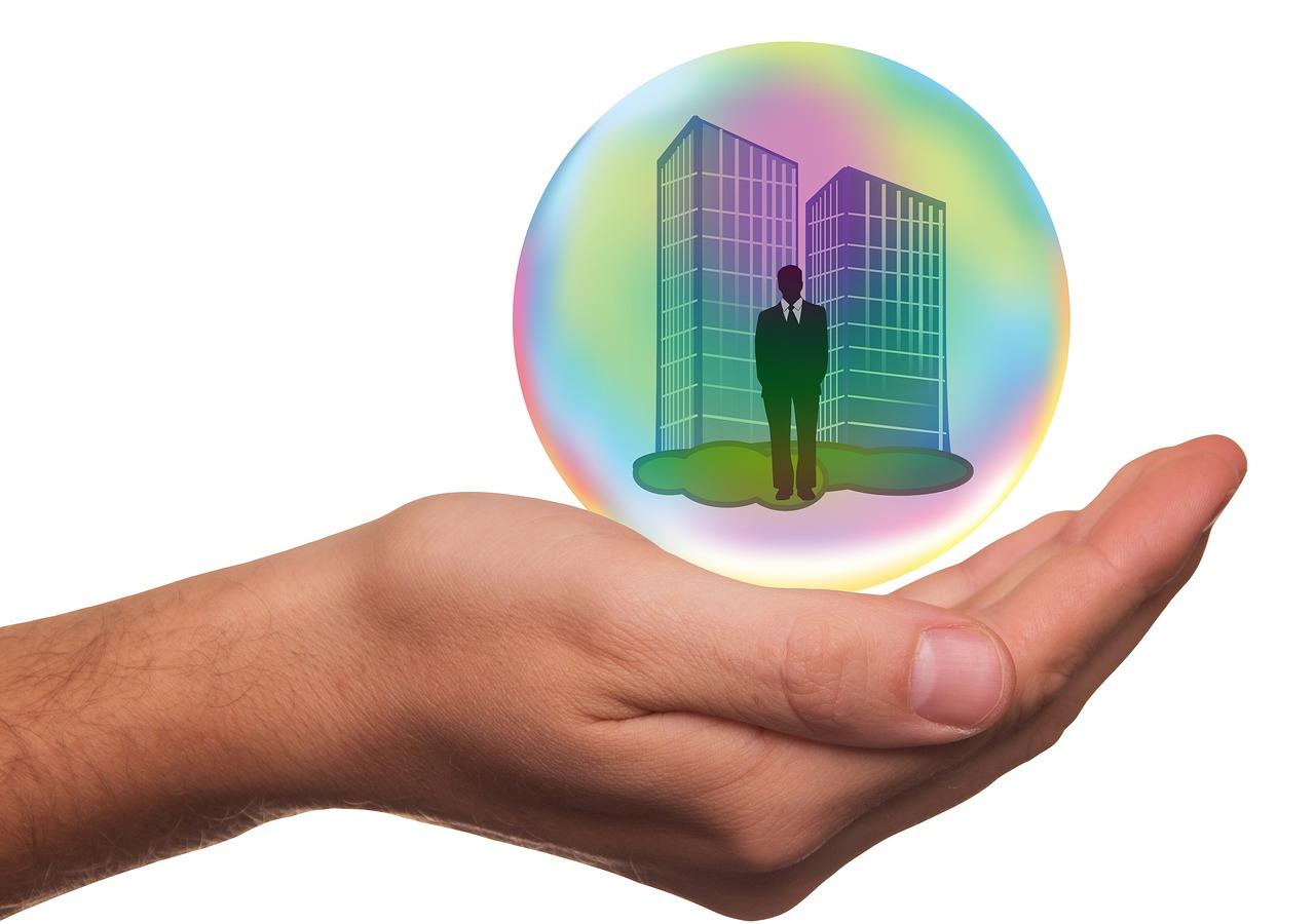 記事:企業法務向けの保険まとめのイメージ画像
